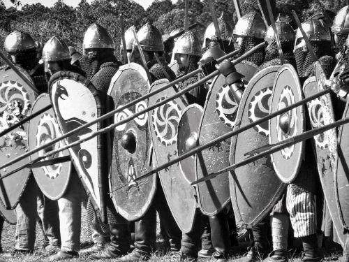 medieval soldiers spears