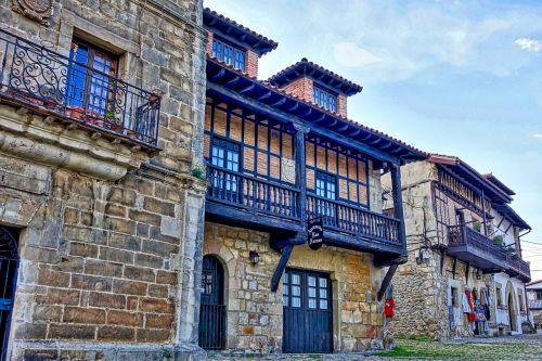 medieval building historic