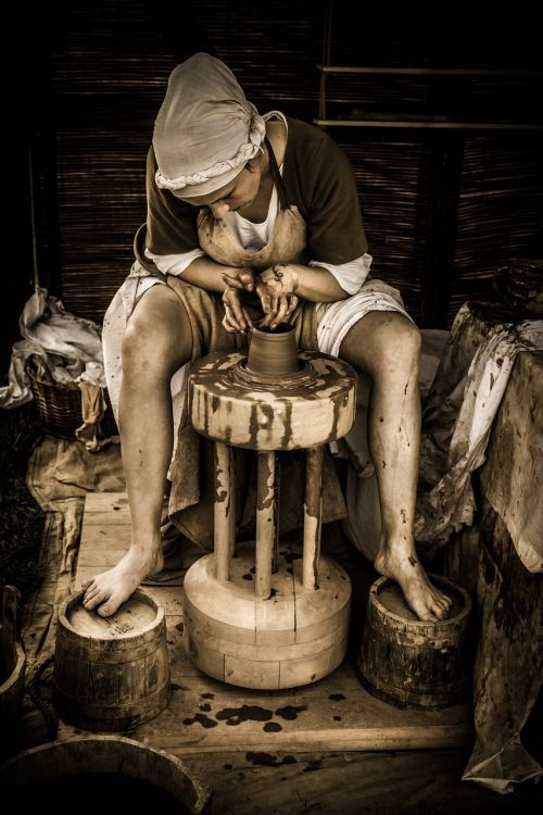 medieval craftsman history