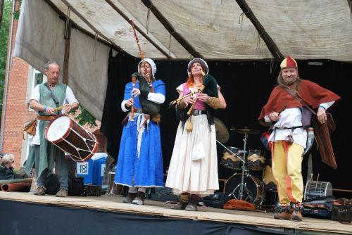 viduramžių,muzika,grupė,būgnas,atlikti