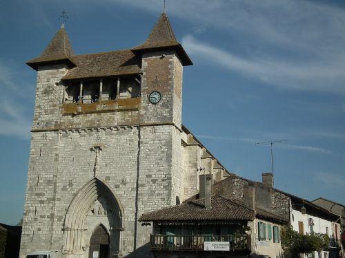 medieval church villeréal