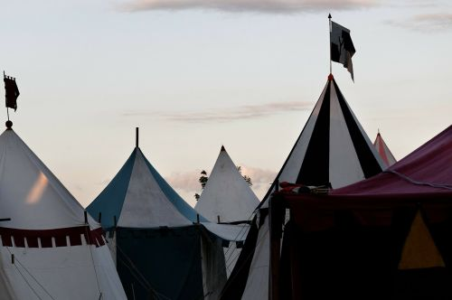 medieval market army camp tent tips