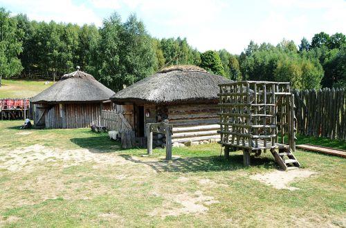 medieval settlement medieval castle prison