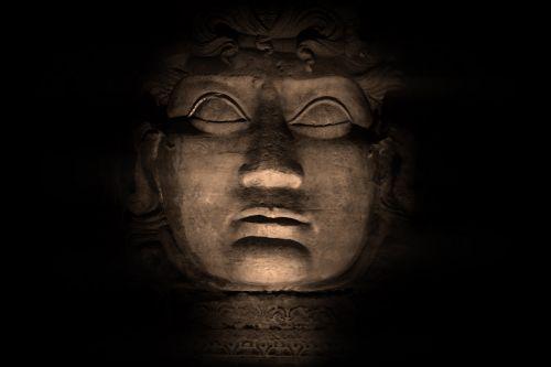 medusa sculpture head