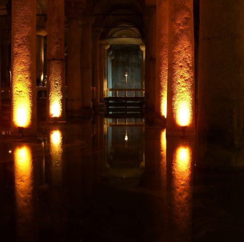 medusa cistern istanbul arcade