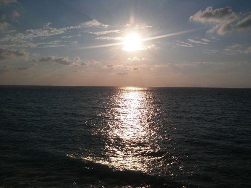 megali petra,saulėlydis,saulėlydis lefkada,saulė,vakaras,jūra,pajūryje,vakarinis dangus,saulėlydis