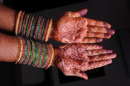 mehandi bridal indian girl