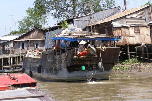 mekong vietnam boat