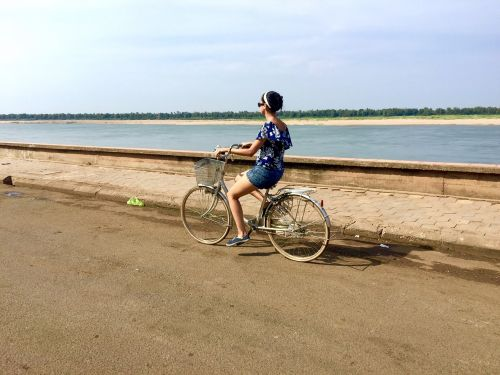 mekong-river bicycle holiday