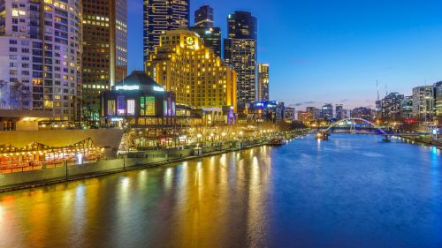melbourne night shot station