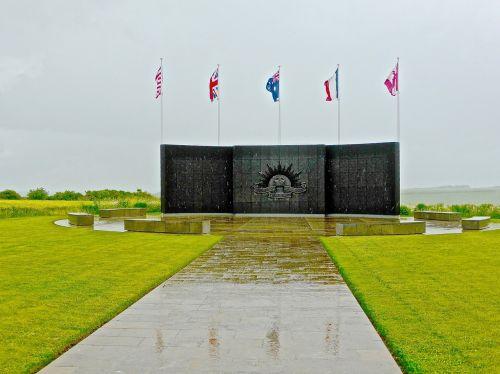 memorial war monument