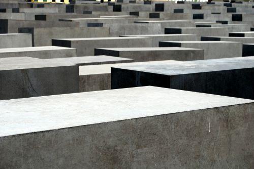 memorial holocaust cemetery