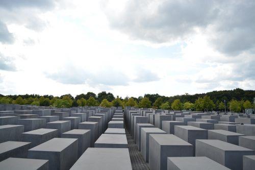 memorial holocaust jewish heritage