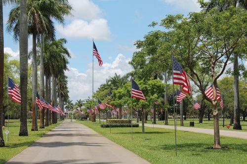 memorial day flags memorial
