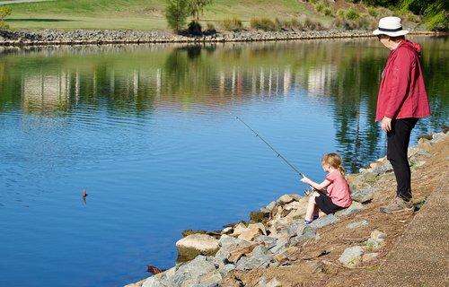 mentor  fishing  child