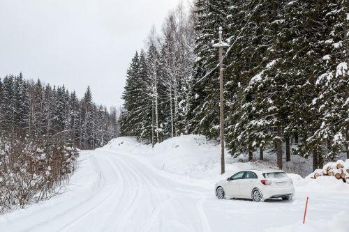 mercedes-benz car winter