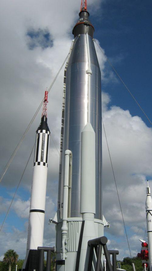 mercury and gemini rockets space flight nasa