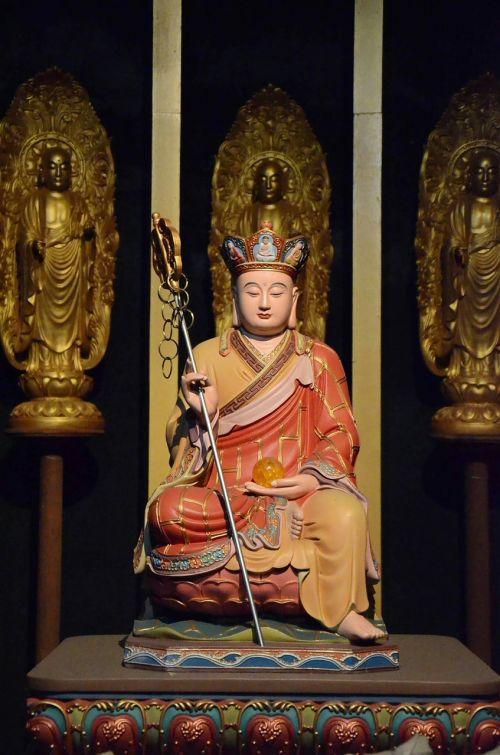 mercy buddha statues taiwan