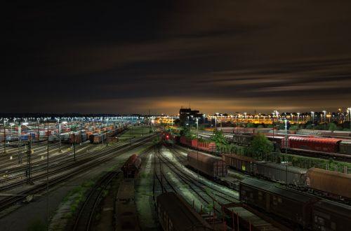 railway station gleise freight trains