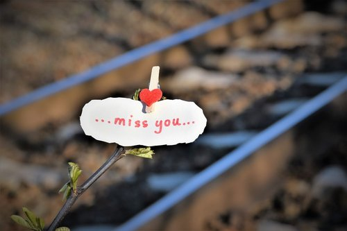 message  red heart  to lost love