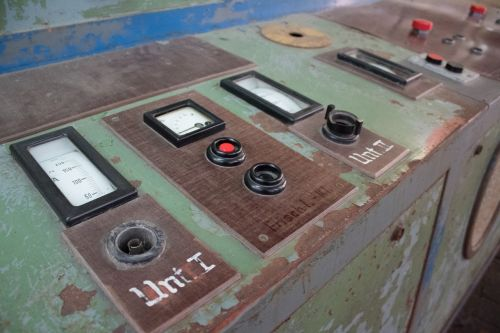 metal factory buttons