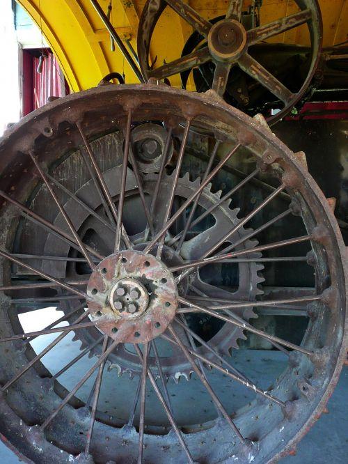 metal tire rim