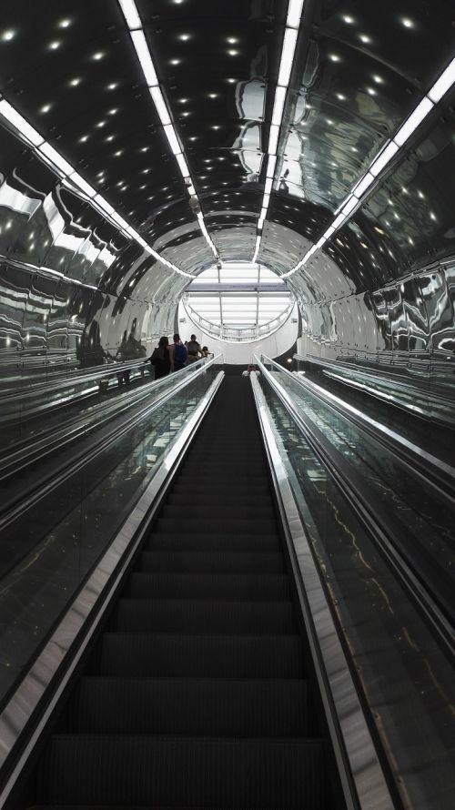 metro the station tubetunel
