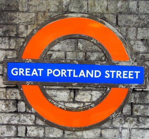 metro  underground  great portland street