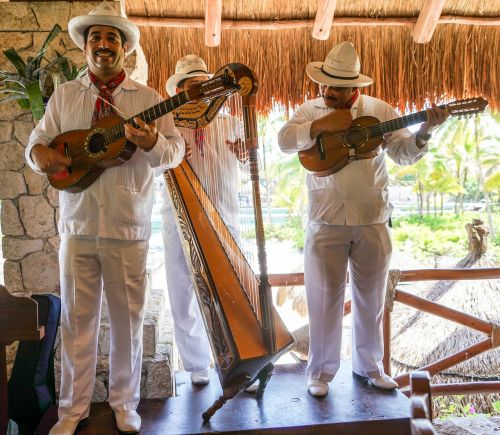 mexican singers trio instruments
