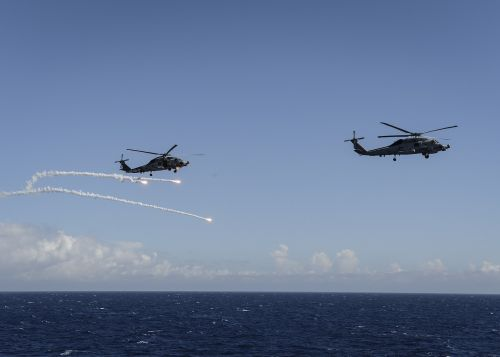 mh-60r sea hawk helicopter