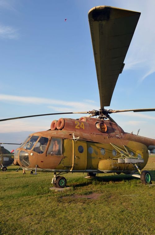 mi-8 helicopter field