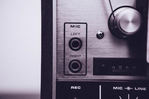 mic plugs audio equipment record player