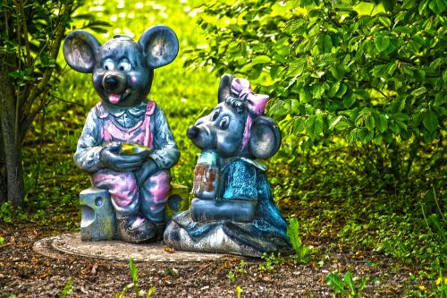 mice decoration garden