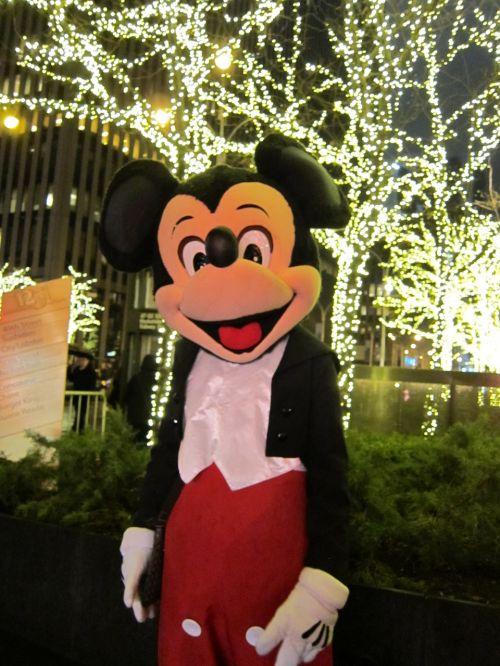 mickey mouse new york city christmas in nyc