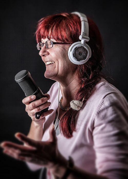 microphone headphones sing