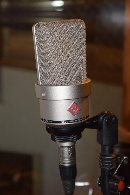 microphone neumann sound