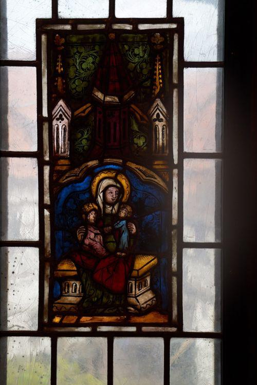 Viduramžiai,Wartburg pilis,krikščionybė,bažnyčia,langas,meno kūriniai,stiklas