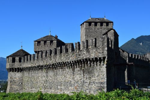 middle ages,bellinzona,switzerland,torre,castle,sky,walls,fortification,blue sky,free photos,free images,royalty free