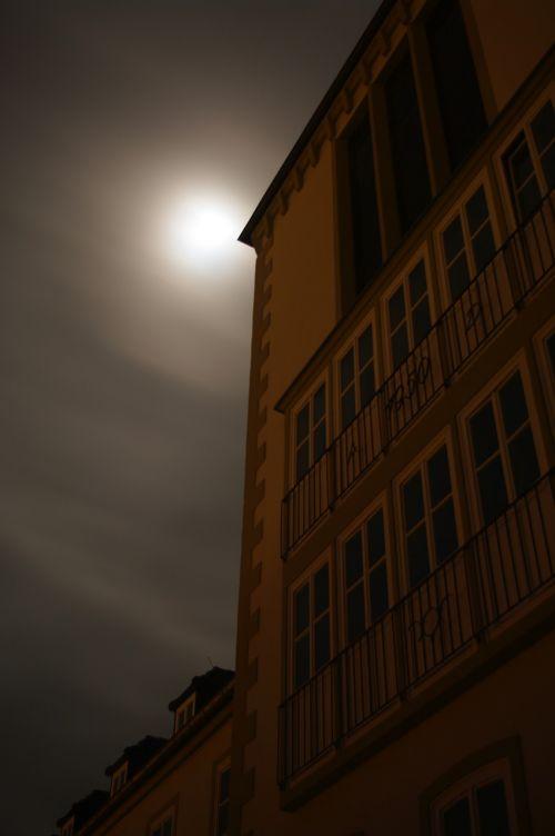 midnight creepy school