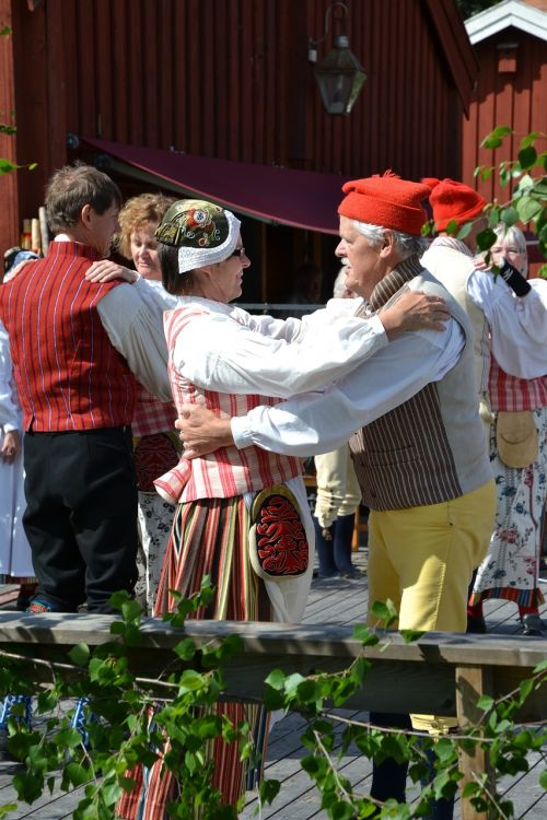 midsummer celebration tunet alno