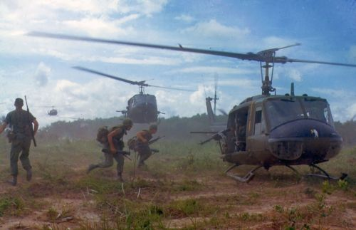 military vietnam war soldiers