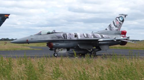 military fighter aircraft sonderlckierung