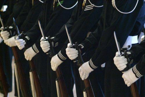 military rifles bayonets