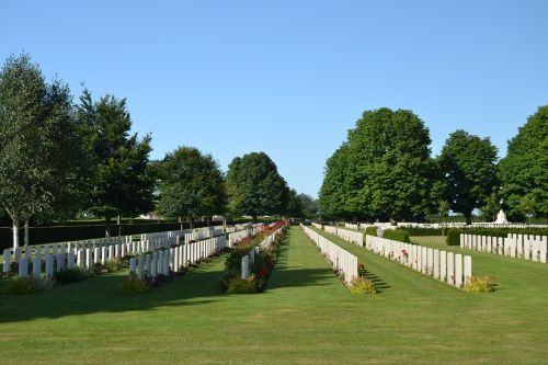military cemetery normandy graves