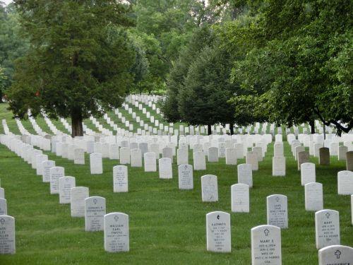 military cemetery memorial usa