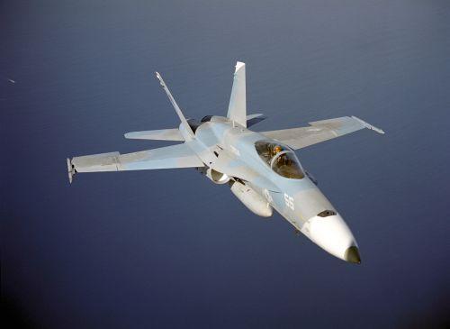 military jet jet flying