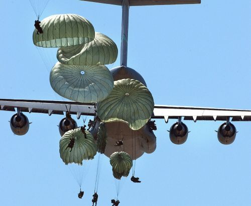 military paratroopers airborne parachuting