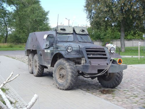 military vehicle armament gas