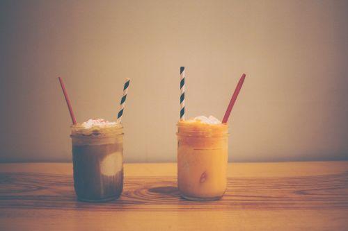 milkshakes smoothies drinks