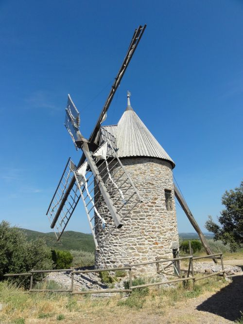 mill pierre south